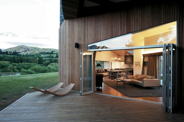 Queenstown House by Thom Craig, architect. // those are my favorite style of glass door. great transom too!