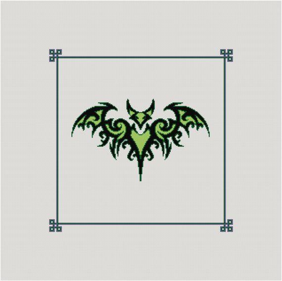 Motif Tribal de point - Tribal Bat Cross Stitch Pattern - croix celtique.