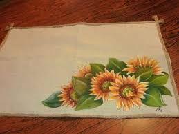 Resultado de imagem para corredor de mesas pintados en tela