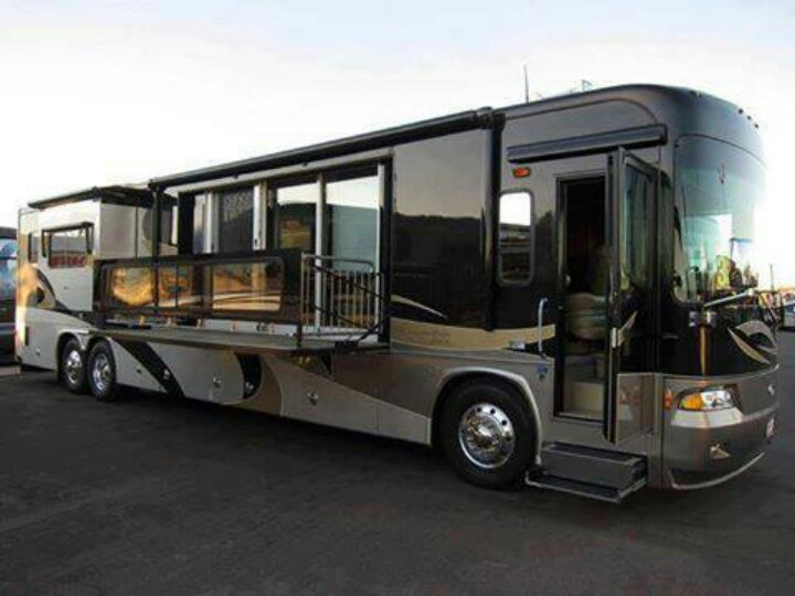 116 best dream garage rv 39 s campers images on pinterest for Class a rv with car garage