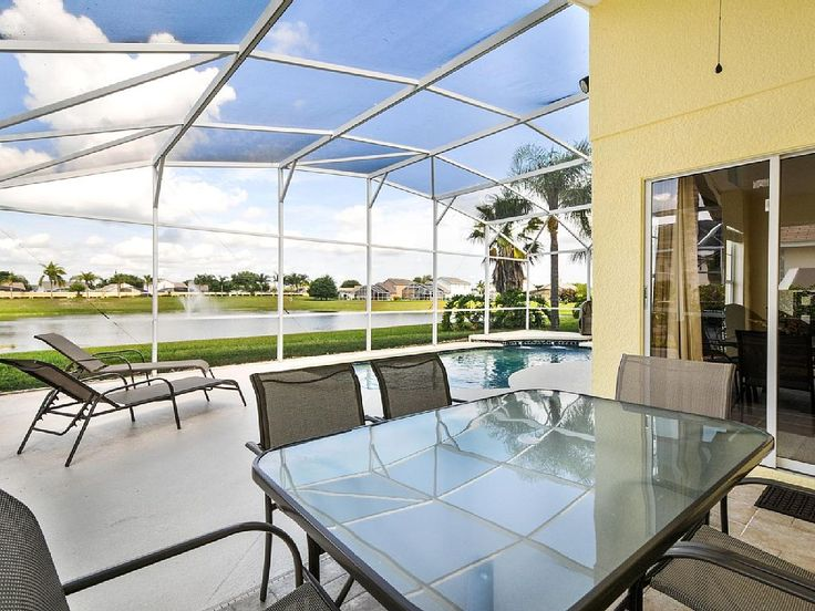 Welcome to the «Star Lake Villa» ! The Star Lake Villa is located in the prestigious area of Rolling Hills Estates at Formosa Gardens, just 3 miles drive to the Walt Disney World front gates. http://www.theluxuryvillasorlando.com/Page_2.html #vacation #rental #travel #vrbo #walt #disney #world #orlando #florida #universal #universalstudios #mickey #mouse #fun