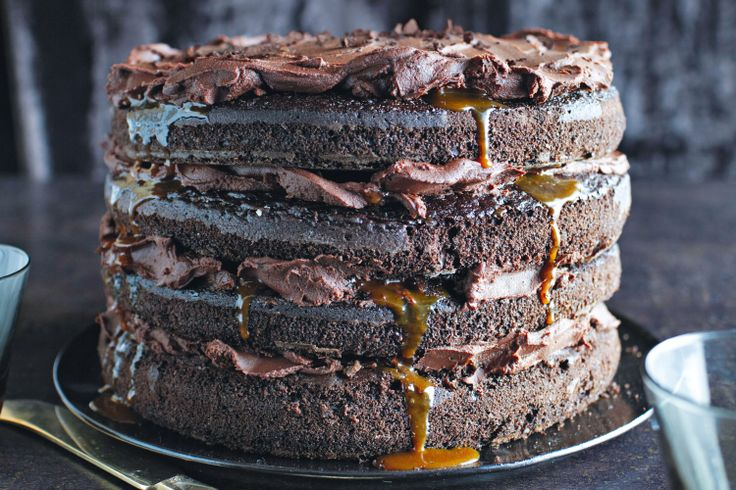 Caramel lava chocolate cake #saltedcaramel http://www.taste.com.au/recipes/30255/caramel+lava+chocolate+cake