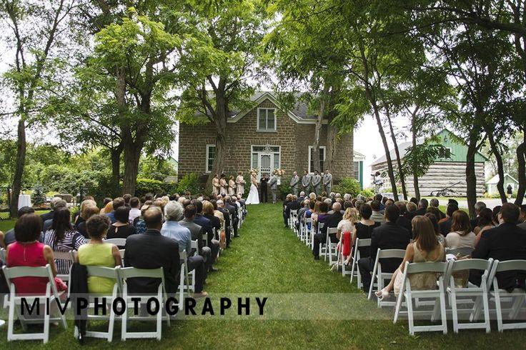 Stonefields Heritage Farm Wedding | |Miv Photography|http://mivphotography.com/