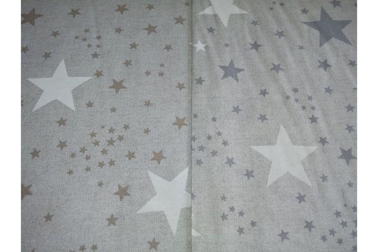 Loneta lisa estampada de estrellas beige o gris, empleada para diversas labores como cortinas, estores, tapizado de sofás, fundas para cojines..., tela con cuerpo, gruesa y resistente. Fácil lavado y planchado.#loneta #estampado #estrellas #beige #gris #labores #tapizado #estores #sofás #cojines #confección #manteles #disfraces #medieval #carnaval #resistente #tela #telas #tejido #tejidos #textil #telasseñora #telasniños #comprar #online #comprartelas #compraronline