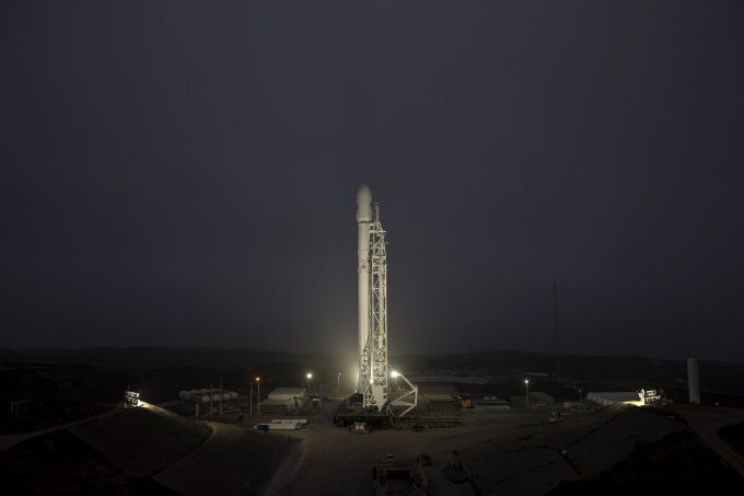 Watch SpaceX launch its Iridium-3 Falcon 9 mission live right here