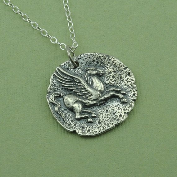Pegasus munt kettingen  sterling zilveren sieraden door TheZenMuse