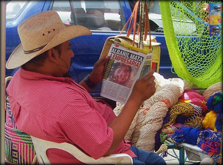 The Daily Femicide Special (Oaxaca,Mexico,2009), photo  by luz alhucema