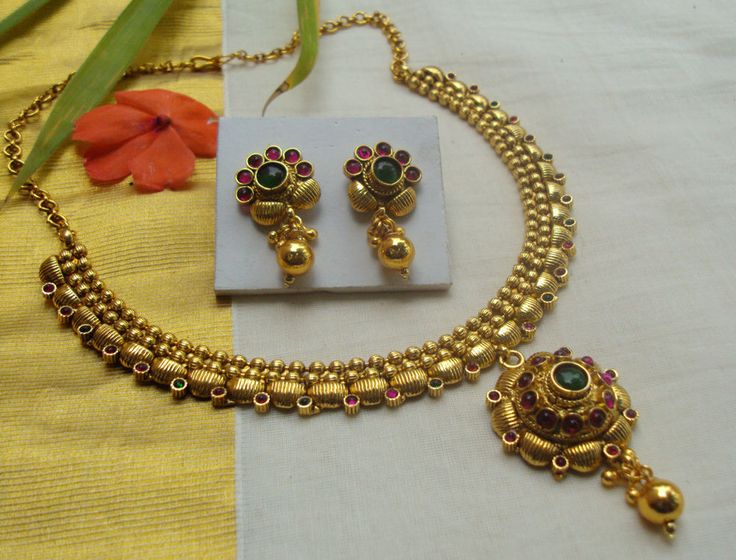 Attractive Traditional Antique Jewelry Necklace with Earring Set-SS068