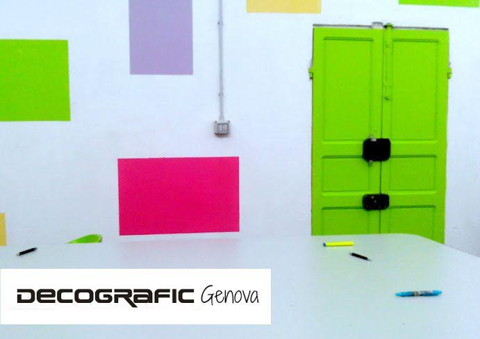 Scorci della sede Decografic a Lerca (Cogoleto). Forse non l'avevamo mai confessato pubblicamente, ma ci piacciono i colori fluo. www.decografic.com #Decografic #DecograficGenova #stampadigitale #Cogoleto #Genova #Savona  #Liguria