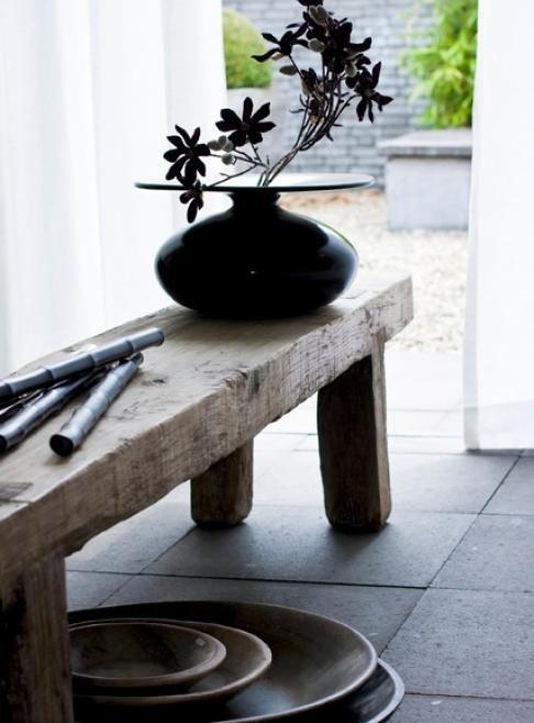 mooie compositie van hout en zwarte