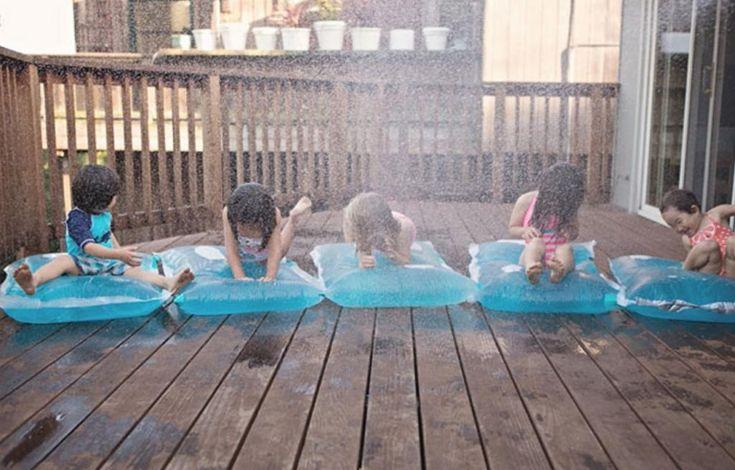 Connaissez-vous les coussins d'eau magiques? Vous pouvez en fabriquer vous-même très facilement!
