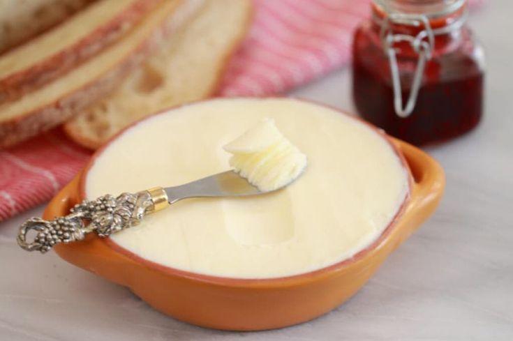 Spre deosebire de margarină, care obosește inutil ficatul în timpul digestiei, untul are un procent de digestibilitate de 99%.
