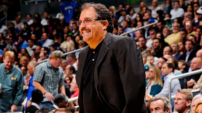 It's official! Stan Van Gundy is the coach and president of the Pistons!