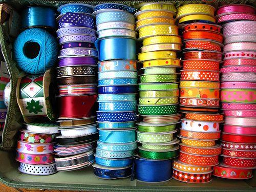 rainbows: Color Hue, Color Happy, Rainbows Bright, De Color, Ribbons Rainbows, Color Plays, Francin Rainbows, Living Color, Rainbows Bliss