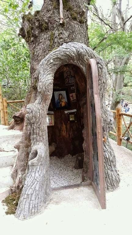 Amazing! A small chapel..