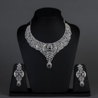 Featuring this american diamond & amethyst set in our wide range of Sets. Grab yourself one. Now!