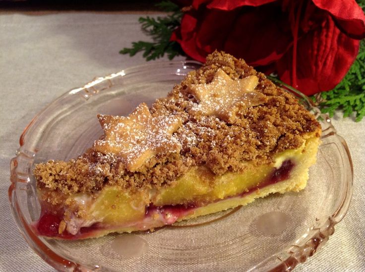 Fruchtiger Spekulatiuskuchen, herrlich weihnachtlich  #backen #essen #kuchen #obstkuchen #rezept #spekulatius #pfirsiche #preiselbeeren #jernrive #weihnachten