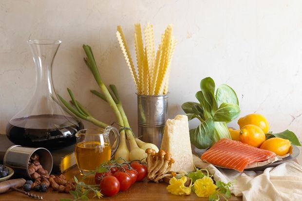 Following the MIND diet could lower your risk of developing Alzheimer's disease.