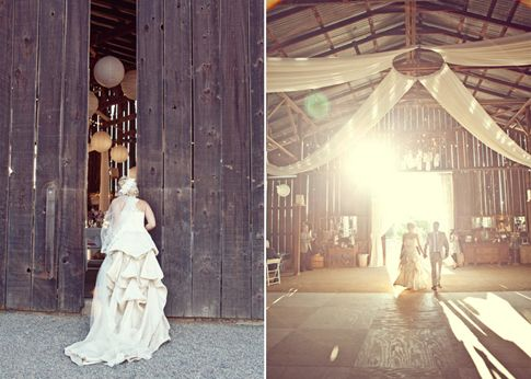 a barn wedding: Photo Ideas, Wedding Draping, Barns Wedding Pictures, Barns Receptions, Creative Wedding Photo, Hula Hoop, Photo Tile, Wedding Reception, Ceilings Decor