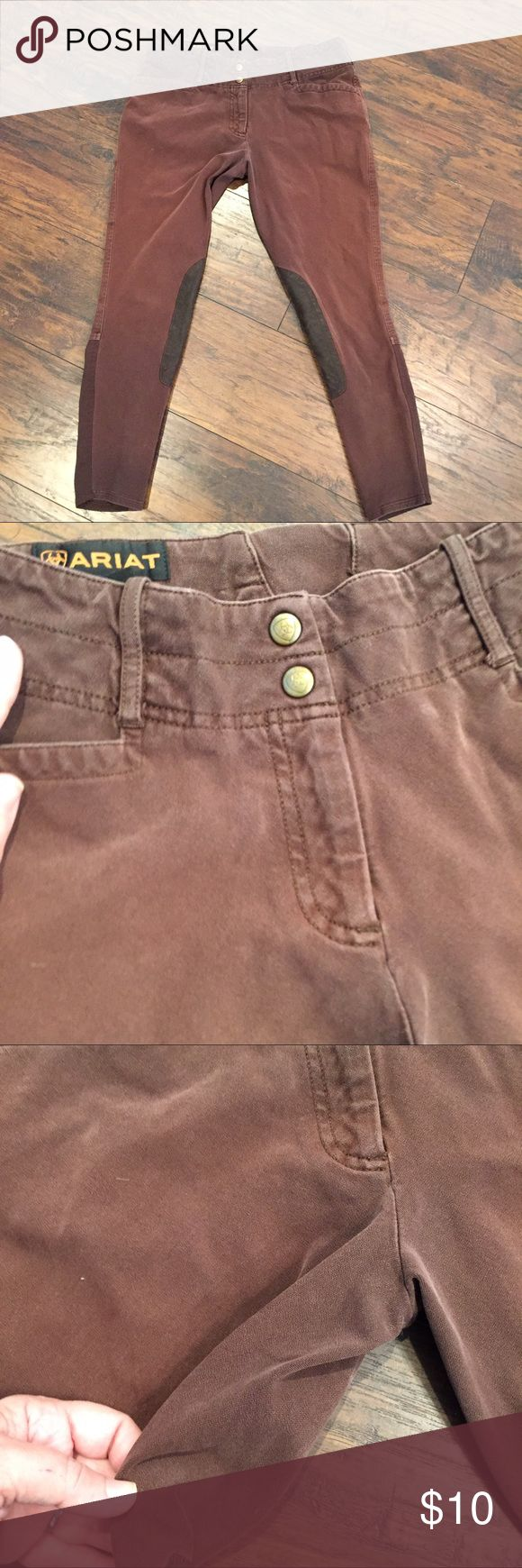 Ariat Riding Breeches Adorable riding pants. They have definitely been worn by someone who has ridden but that makes them all the more desirable!  These come with the knee patches and are already distressed.  These would look great with a tucked in Blouse or a Tunic and a pair of boots or you can wear them to ride in. Ariat Pants Ankle & Cropped