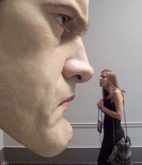 London artist named Ron Mueck, who specializes in sculptures. He used to be a model maker and puppeteer for television and films (for example, he created Ludo the gentle giant in Labyrinth). Now, he focuses on making hyper-realistic sculptures of humans that have museum visitors staring for hours…