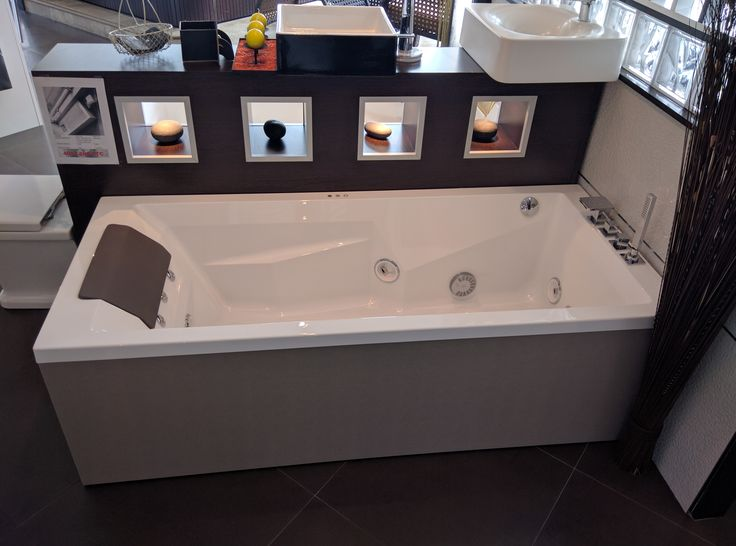 12 best images about baignoires on pinterest origami design awards and jacuzzi. Black Bedroom Furniture Sets. Home Design Ideas