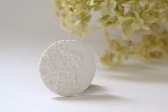 brooch pin - white vintage lace imprint brooch - flower print - white textured brooch - free shipping