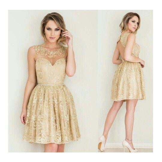 eafd4940c2 Vestido de Festa Simplesmente Deslumbrante ♡ modelo Ladylike em Renda  Italiana Dourado light w  detalhe Bordado no colo e na cintura  v…