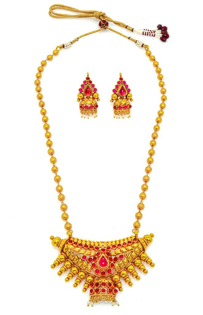 Attractive Pearl Necklace in golden colour. Occasion: Wedding & Traditional wear Shop Now:https://goo.gl/JtzVZN