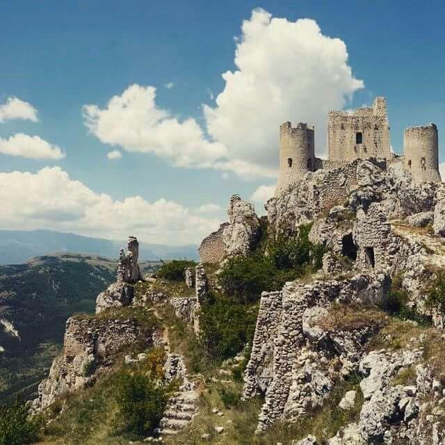 Rocca Calascio Castle, Abruzzo Italy