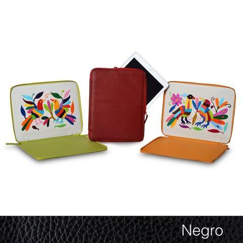 Funda iPad otomí. Regala productos mexicanos, regala artesanía mexicana. #Leather #artisan #Handmade #Handcraft #Gift #RegalosEnPiel #RegalosOriginales #Regalo #surprise