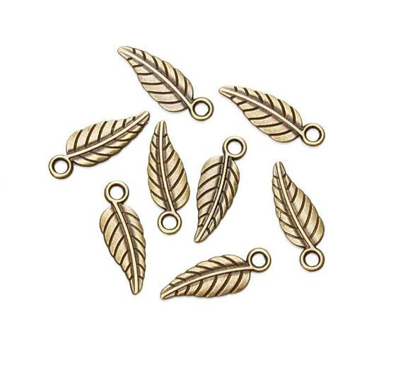 Leaves Charms Pendants Antique Bronze 19 x 6 mm Bronze Leaves