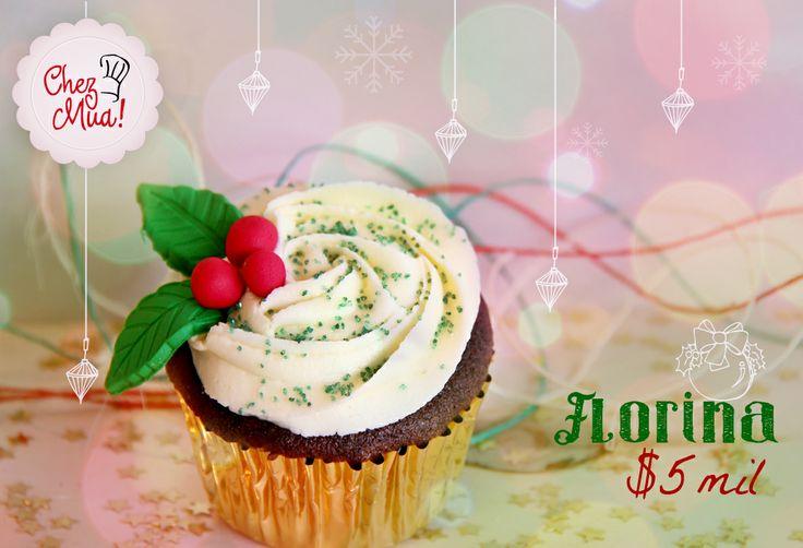 Florina renace en esta época tan especial cargada de mucho amor, luz y paz para todo aquel que probara su dulce sabor. Pídela aquí https://www.facebook.com/chezmua/app_137541772984354  #cupcake #navidad #calico