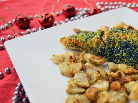 Salmone, pistacchi e semi di papavero con topinambur al forno - Stupisci tutti con questa ricetta e dai sfogo a  tutta la tua creatività in cuina! #RicetteNatalizie