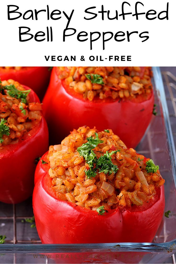 Easy To Please Vegan Stuffed Bell Peppers Recipe In 2020 Stuffed Peppers Stuffed Bell Peppers Vegan Recipes Healthy