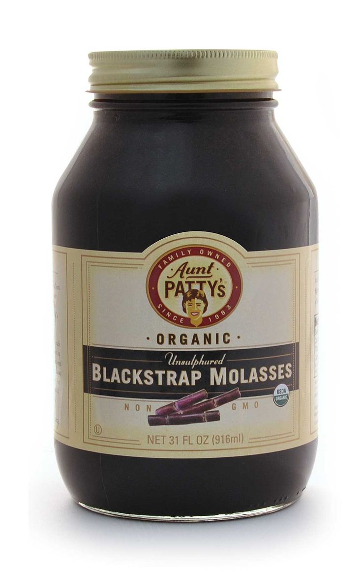 UNSULPHERED BLACKSTRAP MOLASSES Aunt Patty's organic unsulphured blackstrap molasses is made from the final pressing of sugar cane, which results in a dark and rich tasting syrup. Traditional recipes that call for blackstrap molasses include licorice candies, barbeque sauces, gingerbread, molasses drop cookies, and shoo-fly pie