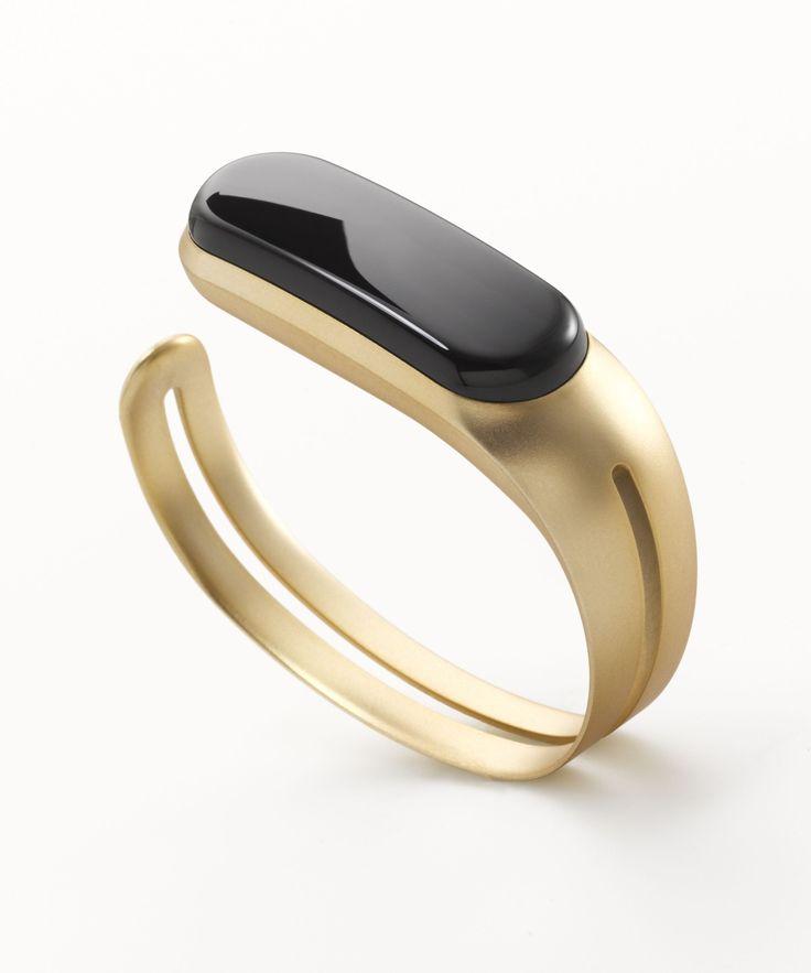 Mira Fitness Tracker  Bracelet - smart bracelet fitness tracker watches - http://amzn.to/2ijjZXZ
