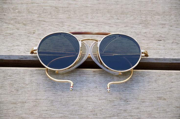 Thom Browne Sonnenbrille im traditionellen Stil