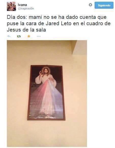 5. Trollea a tu mamá con la foto de Jared Leto en el cuerpo de Yisus.