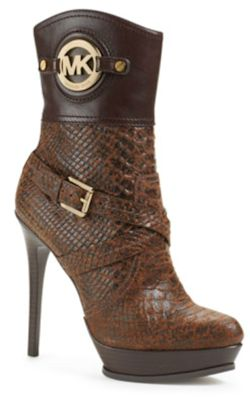designers like michael kors jc30  Page also features what's hot this season in booties
