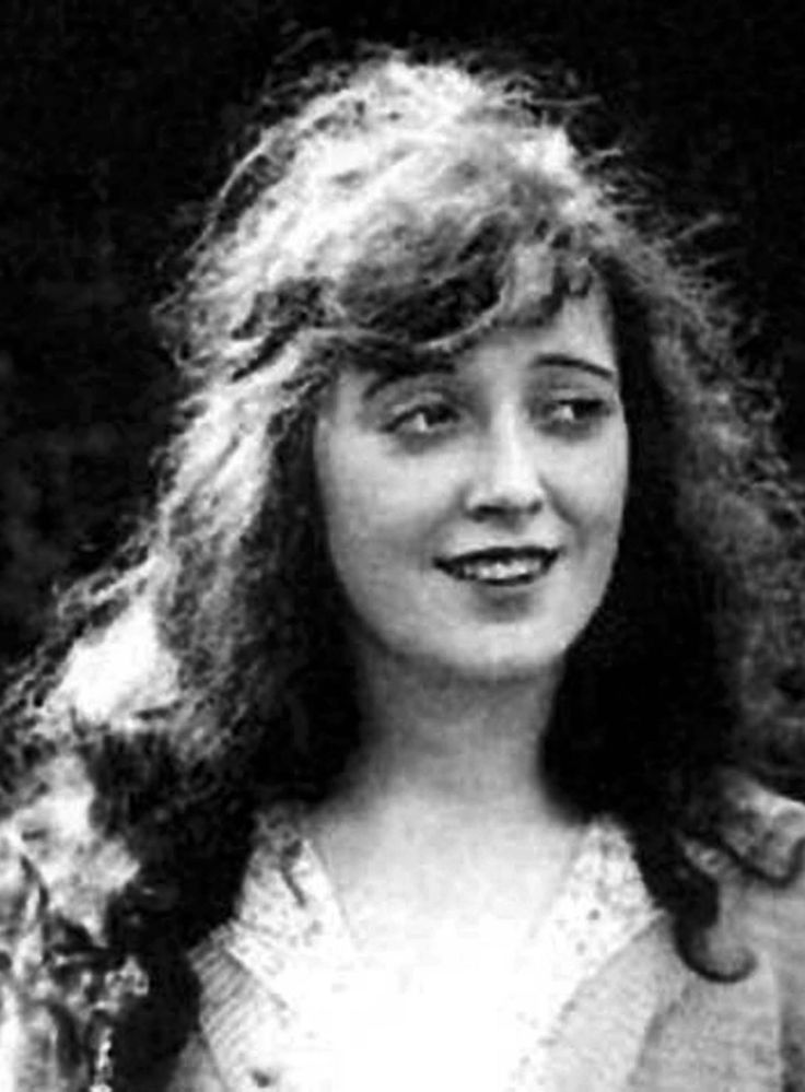 Mabel Normand, silent film actress.