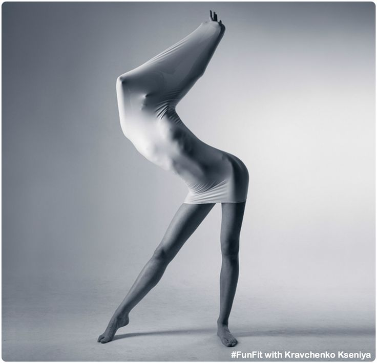 """Всем, кому не безразлично свое тело приглашаю на сегодняшнюю тренировку. В 19.00 у нас """"Гибкое тело"""" - включает в себя элементы стретчинга, йоги, пилатеса, дыхательную гимнастику, упражнения на выносливость и баланс. Задача тренировки - гармонично развить тело, успокоиться после напряженного рабочего дня, улучшить настроение. Площадь Космонавтов, ул. Антонова 2/32, корпус 4А, Студия восточных единоборств #pilates #гибкоетело #работанадсобой #совершенствуемсвоетело #FunFit http://funfit.club/"""
