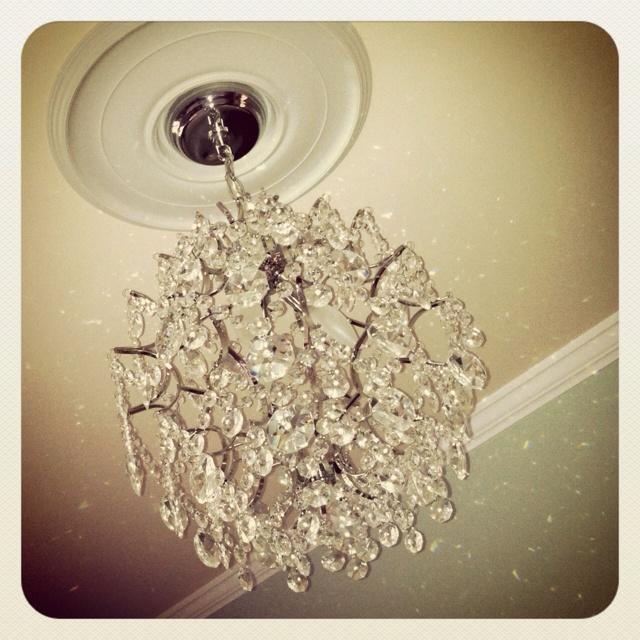 small bedroom chandelier for the home pinterest. Black Bedroom Furniture Sets. Home Design Ideas