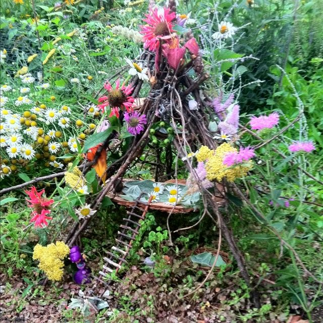 DIY Fairy House | DIY fairy house. Made by a couple of awesome moms and their fairy ...