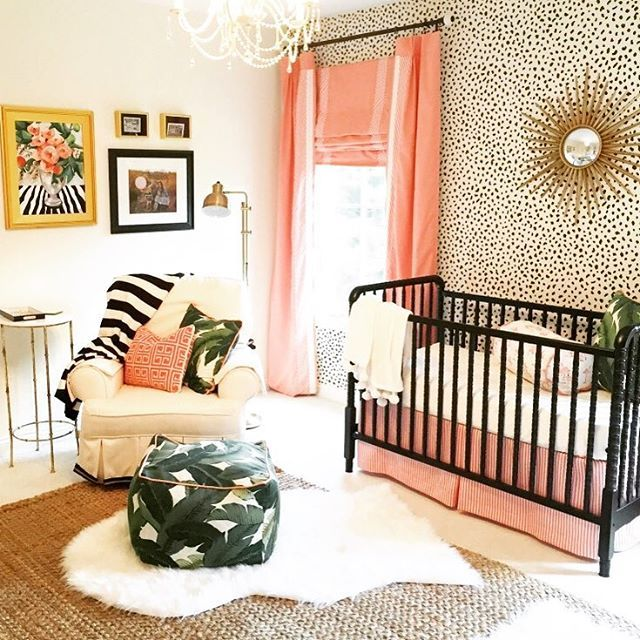 So Much To Love In This Gorgeous Nursery! Bold Wallpaper, Palm Leaf Fabric  Accent