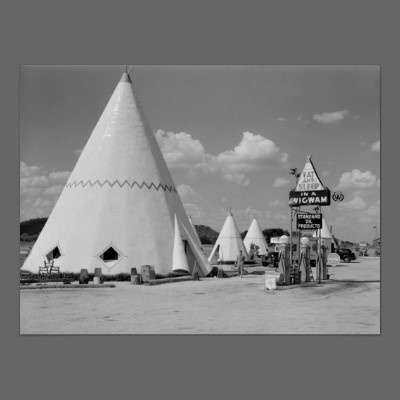 Vintage Teepee Motel Posters, Greeting Cards, Postcards and Gifts.