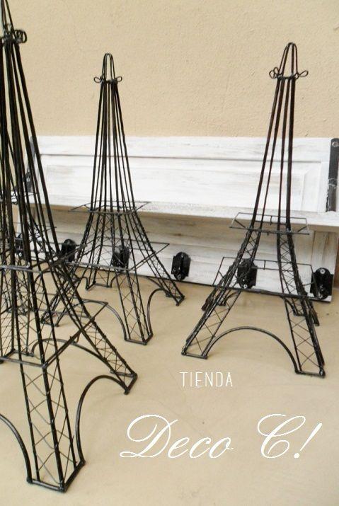 Torre Eiffel metálica                                                                                                                                                     Más
