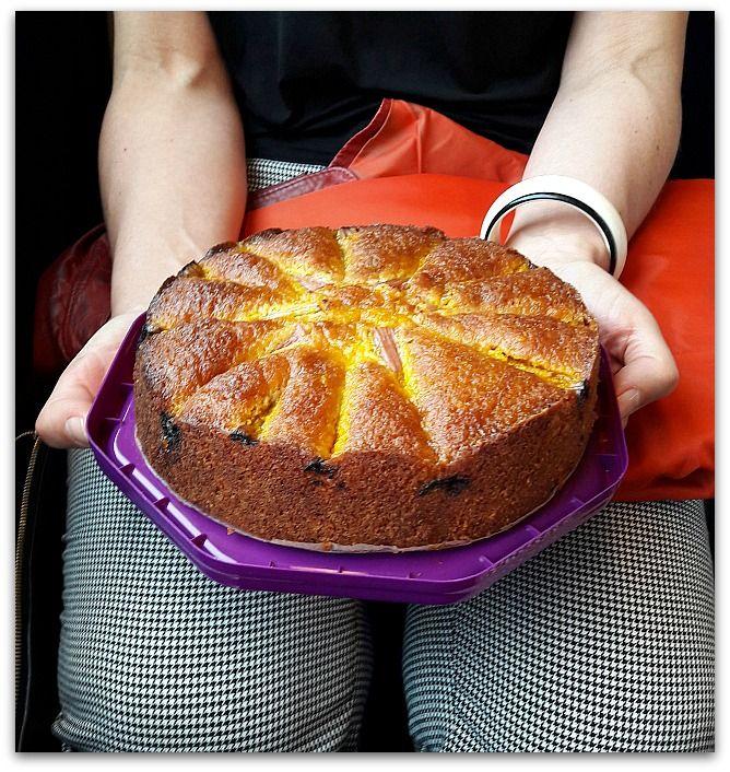 Un dimanche a la campagne: Gâteau de train : Cake amandes rhubarbe amaretti, ...