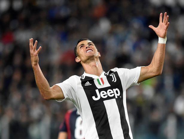 Juventus 2 0 Bologna Report Cristiano Ronaldo And Co Remain