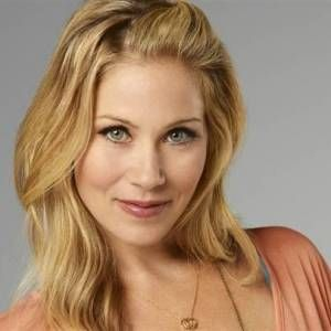 Christina Applegate - Biography - IMDb